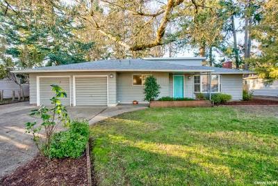 Salem Single Family Home For Sale: 4841 Lone Oak Rd