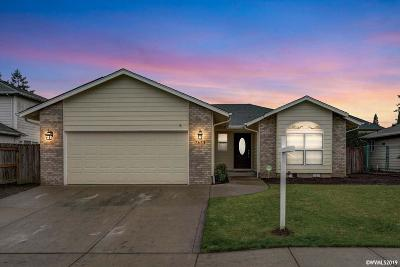 Keizer Single Family Home For Sale: 7671 St Charles St