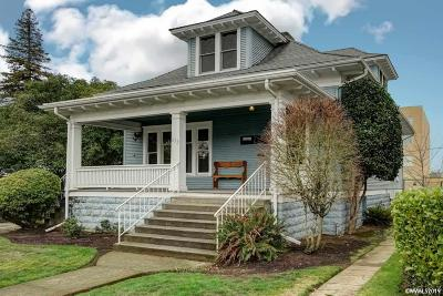 Salem Single Family Home For Sale: 635 Church St