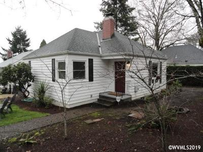 Salem Single Family Home For Sale: 2390 Church St