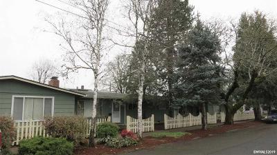 Dallas Multi Family Home Active Under Contract: 1176 SE Shelton St