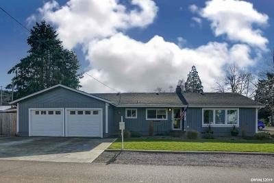 Scio Single Family Home Active Under Contract: 38956 SW 4th Av