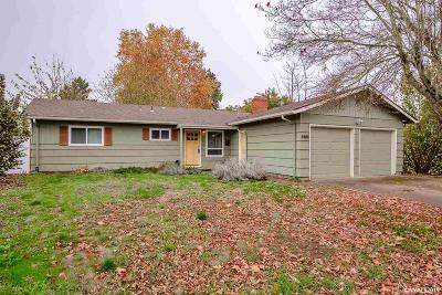 Keizer Single Family Home Active Under Contract: 4885 Crater Av