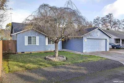 Keizer Single Family Home Active Under Contract: 939 Shelby Ln