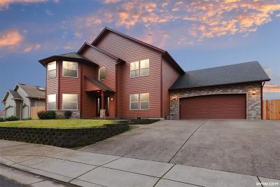Keizer Single Family Home Active Under Contract: 6494 Whisper Creek Lp