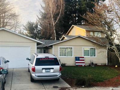 Keizer Single Family Home For Sale: 1757 Leprichaun Ct