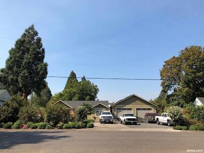 Mt Angel Single Family Home Active Under Contract: 540 Alder St