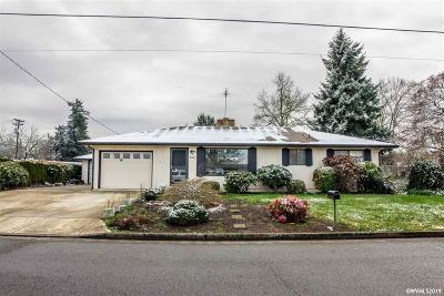 Woodburn Single Family Home Active Under Contract: 980 Church St