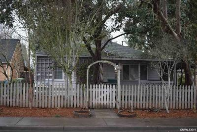 Salem Single Family Home Active Under Contract: 2047 Park Av