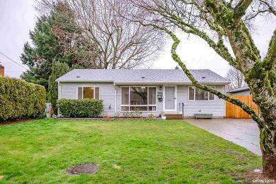 Keizer Single Family Home Active Under Contract: 585 Marino Dr