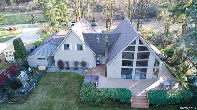 Lyons Single Family Home For Sale: 46559 Tukwila St