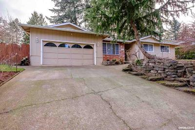 Stayton Single Family Home Active Under Contract: 1290 Dawn Dr