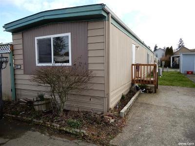 Salem Manufactured Home For Sale: 4882 Lancaster Dr #140