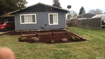 Salem Single Family Home For Sale: 4060 Milton St