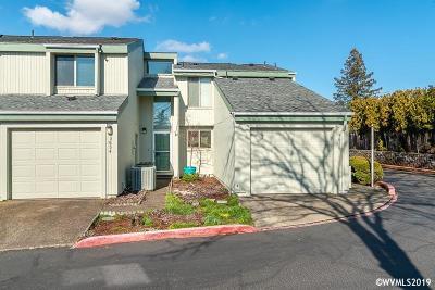 Salem Single Family Home For Sale: 3854 Auburn Rd