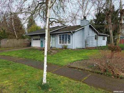 Salem Single Family Home For Sale: 2490 Eddy Av