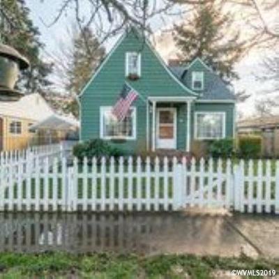 Salem Single Family Home For Sale: 920 Jefferson St