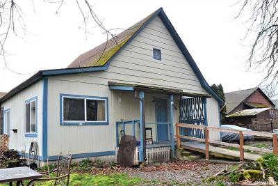 Independence Single Family Home For Sale: 115 S Seventh St