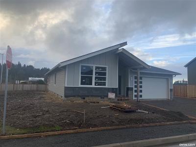 Turner Single Family Home For Sale: 5009 Davis St