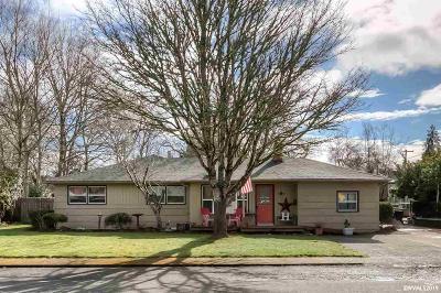 Stayton Single Family Home For Sale: 120 N Evergreen Av