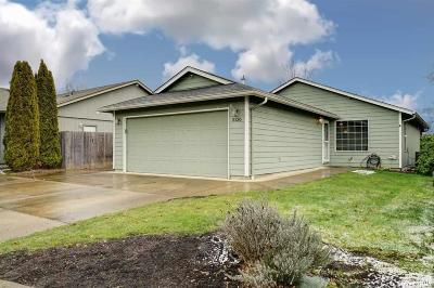 Keizer Single Family Home Active Under Contract: 5136 Courtlyn St