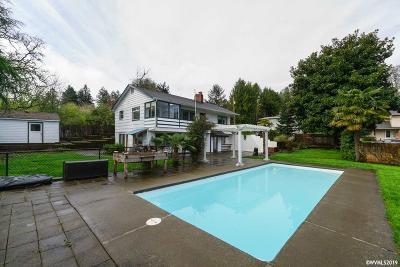 Salem Single Family Home For Sale: 3270 Felton St