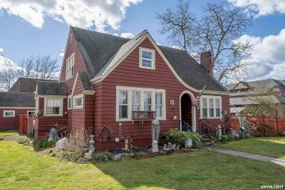 Mt Angel Single Family Home Active Under Contract: 295 E College St
