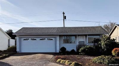 Woodburn Single Family Home For Sale: 1346 Vanderbeck Ln