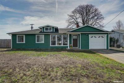 Salem Single Family Home For Sale: 2372 Electric St