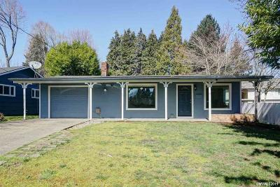 Keizer Single Family Home For Sale: 949 Plymouth Dr