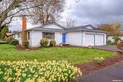 Stayton Single Family Home For Sale: 1031 W Kathy St