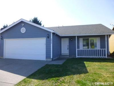 Stayton Single Family Home Active Under Contract: 2635 Grier Dr