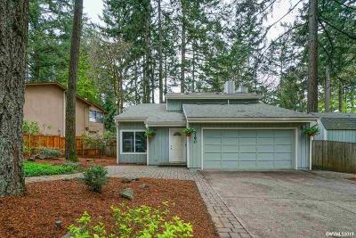 Salem Single Family Home For Sale: 5190 Woodscape Dr