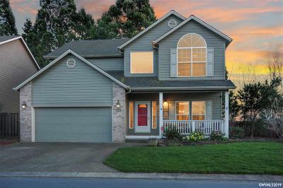 Keizer Single Family Home For Sale: 492 Lakefair Cl