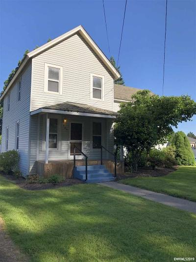 Mt Angel Single Family Home For Sale: 625 S Main St