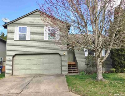 Keizer Single Family Home Active Under Contract: 917 Sagrada Cl