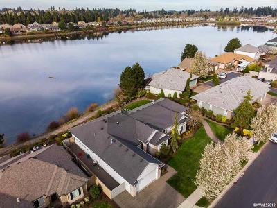 Keizer Single Family Home For Sale: 713 Lakefair Pl