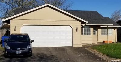 Keizer Single Family Home Active Under Contract: 5240 Autumn Leaf Ct