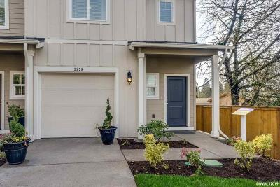 Salem Condo/Townhouse For Sale: 5776 Joynak St