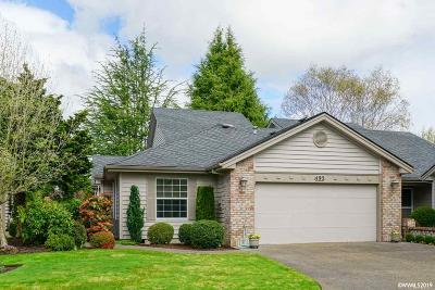 Keizer Single Family Home Active Under Contract: 493 Fountain Ct