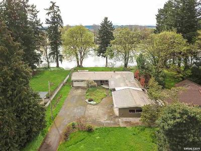 Keizer Single Family Home For Sale: 3285 Willamette Dr