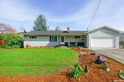 Salem Single Family Home For Sale: 1675 Corina Dr