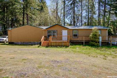 Gates Single Family Home Active Under Contract: 601 Santiam Hwy