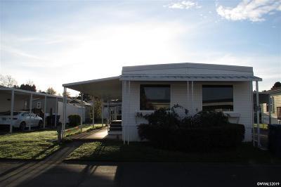 Salem Manufactured Home For Sale: 4940 Sunnyside (G-4) Rd #G-4
