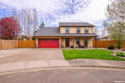 Dallas Single Family Home Active Under Contract: 350 SW Bell Dr