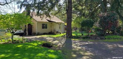 Salem Single Family Home For Sale: 8468 Bronco Dr