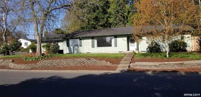 Monmouth Single Family Home Active Under Contract: 230 Candlewood Wy