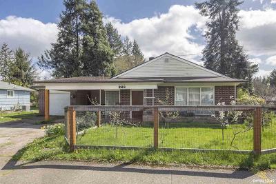 Salem Single Family Home For Sale: 368 Browning Av