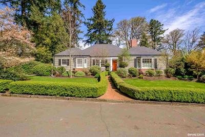 Salem Single Family Home For Sale: 449 Washington St