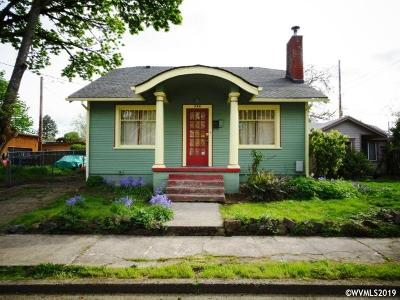 Salem Single Family Home For Sale: 568 Knapps Pl